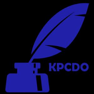 Logo Kujawsko-Pomorskiego Centrum Dziedzictwa Oświaty: gęsie pióro w kałamarzu i skrót KPCDO w kolorze niebieskim.