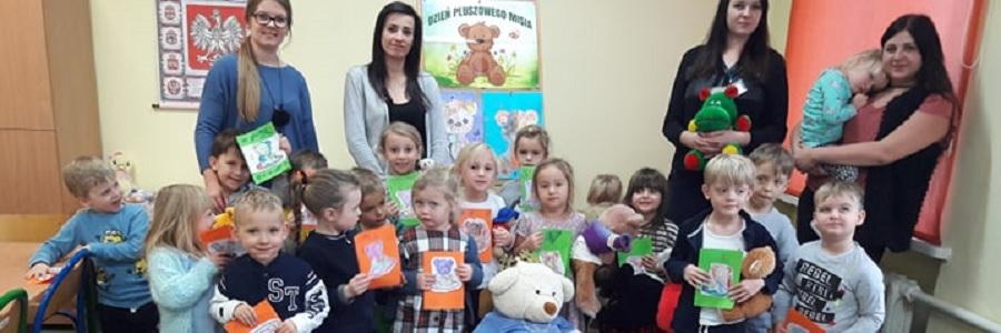 Święto Pluszowego Misia wDziecięcej Akademii Czytania Bajek