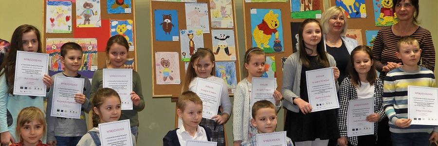 Nagrody dla laureatów wojewódzkiego konkursu plastycznego